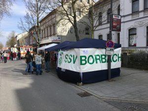 Unser Pavillion auf dem windigen Frühlingsvolksfest in Annen.